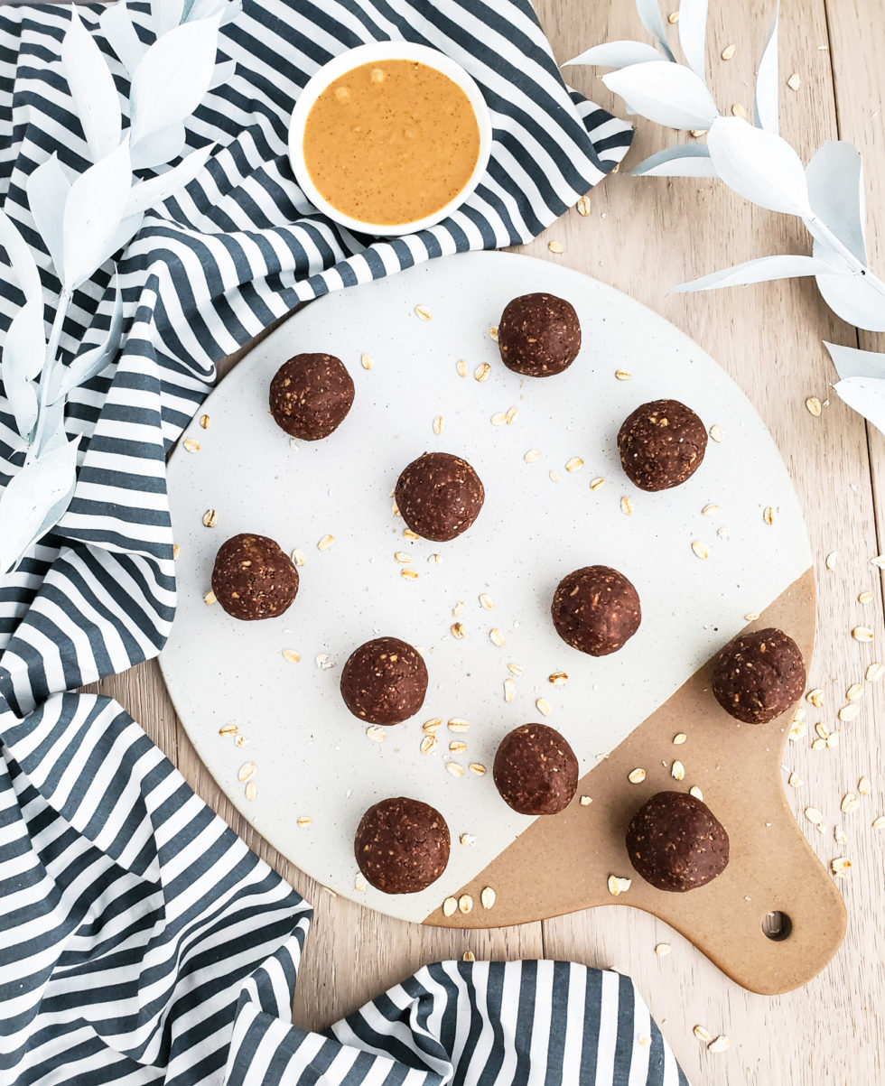 Chocolate Peanut Butter Energy Bites, no bake